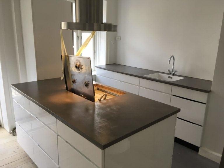 Microcement, køkken med ø