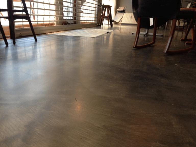 Mat metallic epoxy