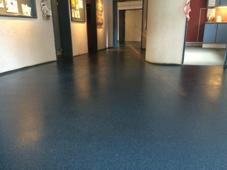 Color kvarts gulve, mørke blå gulv